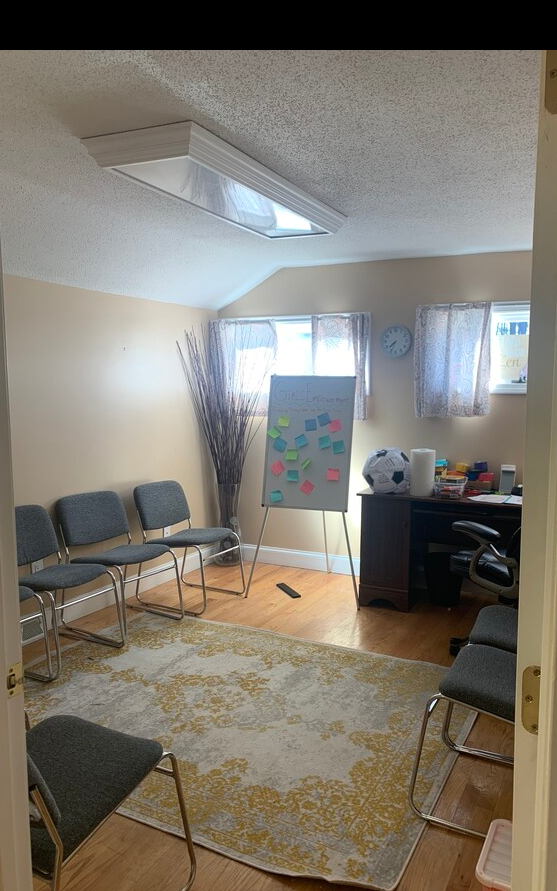 87 e Main street Office/ Work space